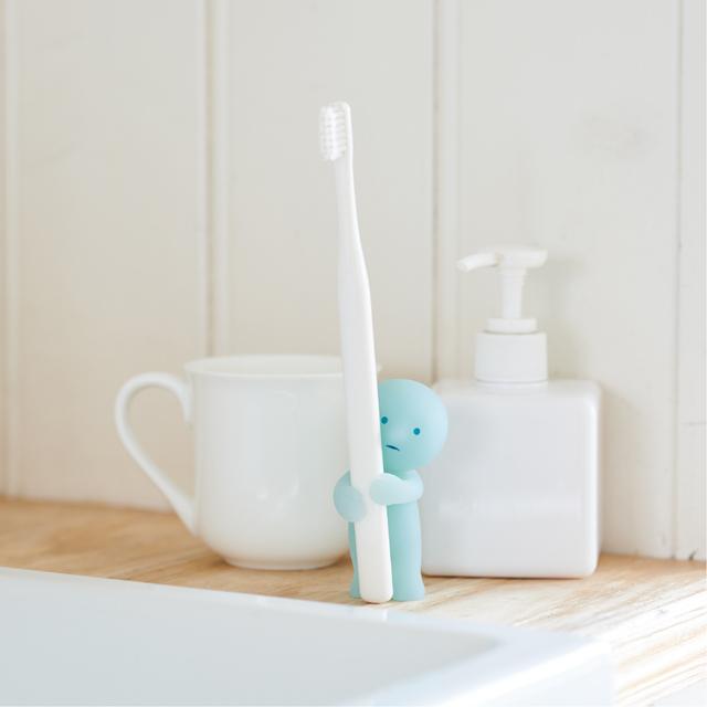 【Smiski】 不可思議的夜光精靈-療癒牙刷架(愛的抱抱)