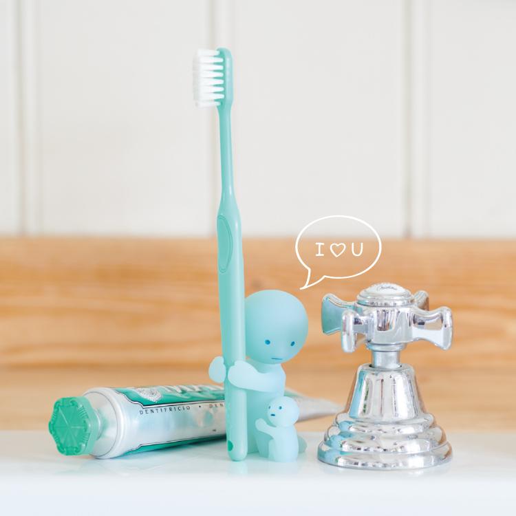 【Smiski】 不可思議的夜光精靈-療癒牙刷架(為母則強)